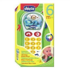telefon z aparate m fotograficznym marki Chicco