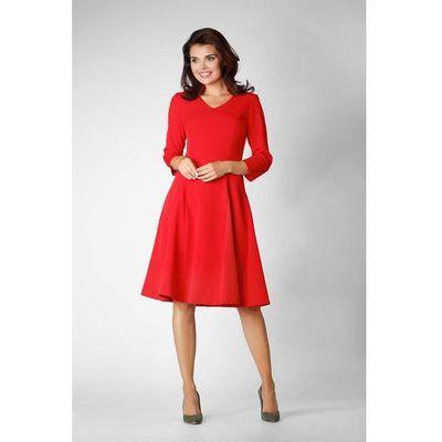 b912398d40 Czerwona wizytowa rozkloszowana sukienka na stójce z dekoltem v