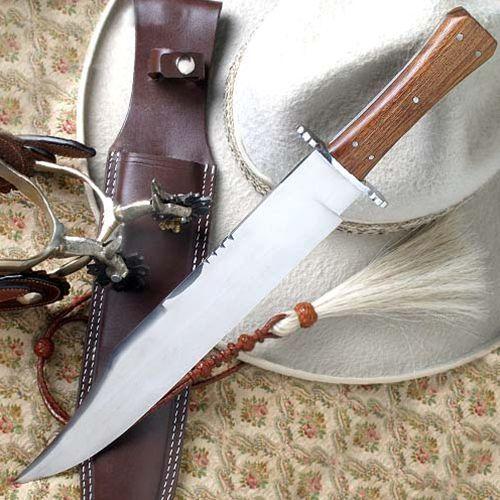 Duży nóż myśliwski z pochwą - pionierzy usa marki Płatnerze