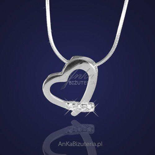 e03504865f58 Anka biżuteria Biżuteria srebrna. wisiorek w kształcie serduszka z  cyrkoniami.