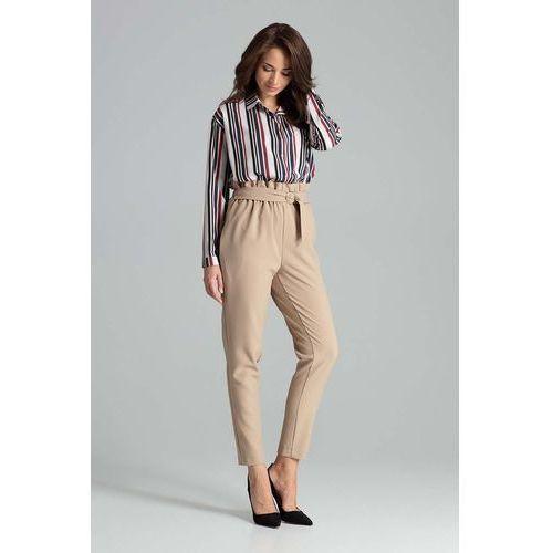Beżowe klasyczne spodnie marszczone w talii z paskiem marki Katrus