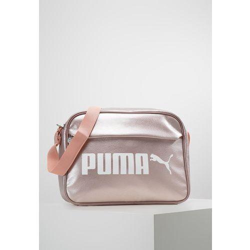 ff0f83ad10e86 Puma campus reporter torba na ramię peach beigemetallic - fotografia Puma  campus reporter torba na ramię