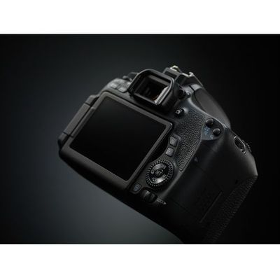 Lustrzanki cyfrowe Canon Media Expert