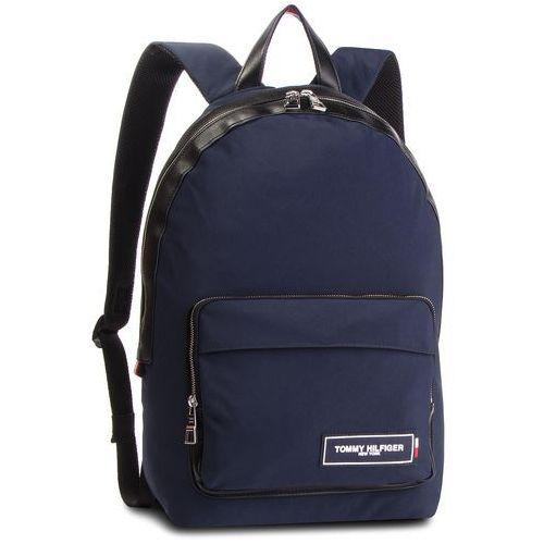 75a67c55a67f2 TOMMY HILFIGER Plecak TOMMY HILFIGER - Th Patch Backpack AM0AM04345 901