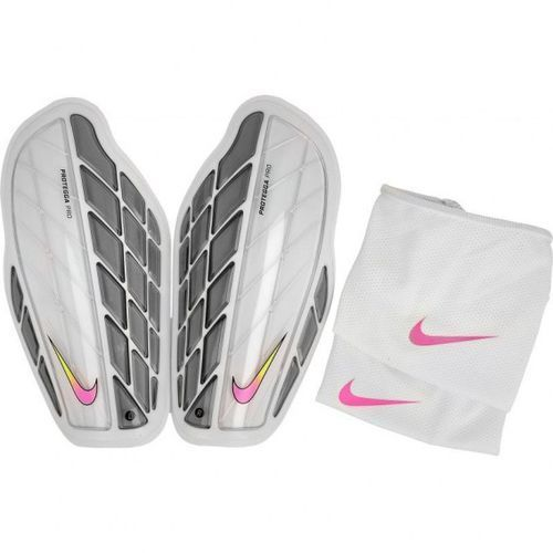 Ochraniacze piłkarskie Nike Protegga Pro M SP0315-104 izimarket.pl