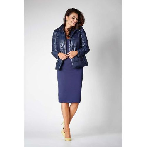 Granatowa krótka pikowana kurtka zapinana na zatrzaski marki Nommo