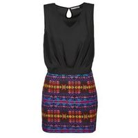 Sukienki krótkie Betty London EVISSANTE 5% zniżki z kodem CMP2SE. Nie dotyczy produktów partnerskich.