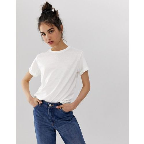 94a7eb8b0ac37 Zobacz ofertę ASOS DESIGN t-shirt with roll sleeve in linen in white -  White, len