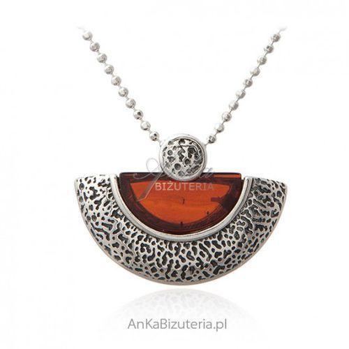 b86b3b3731f045 Zobacz w sklepie Ankabizuteria.pl Biżuteria srebrna - naszyjnik z wiśniowym  bursztynem, kolor czerwony