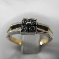 Złoty pierścionek z brylantami P1215