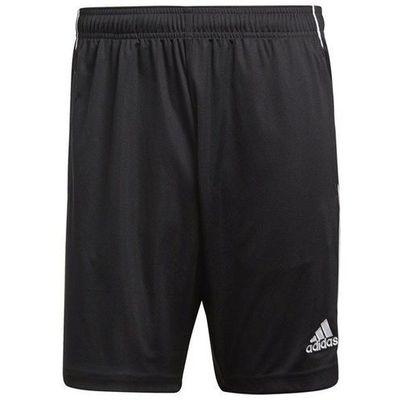 Krótkie spodenki Adidas TotalSport24