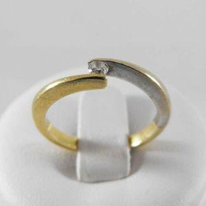 Złoty pierścionek z brylantem P1415