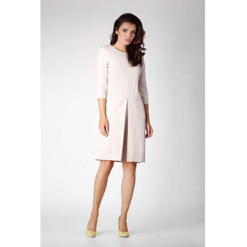 f0b176a70c Zobacz ofertę Beżowa elegancka prosta sukienka koktajlowa z kontrafałdą