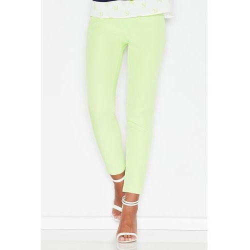 Zielone kobiece klasyczne spodnie na gumie marki Figl