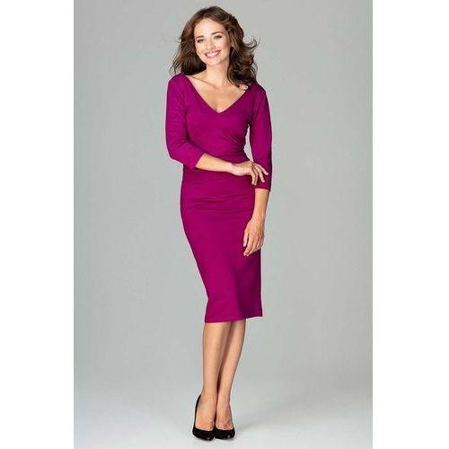 7fe60f894a Fuksja elegancka dopasowana sukienka z dekoltem v marki Katrus - Fotografia