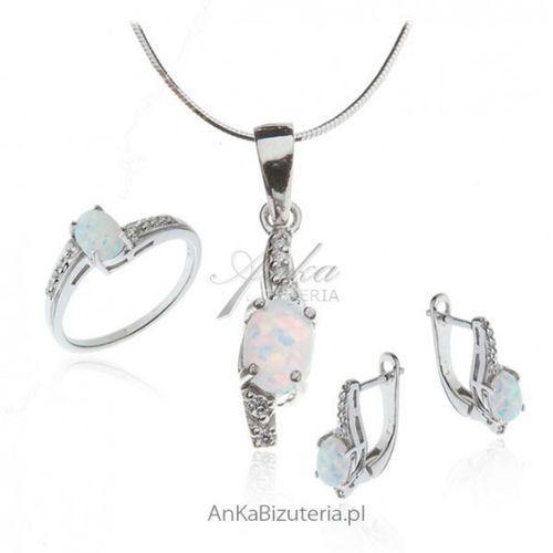 Ankabizuteria.pl komplet biżuterii srebrny z białym opalem marki Anka biżuteria
