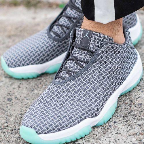 cae23c68265e ... Nike Air Jordan Future Low (718948-006) - Fotografia Nike Air Jordan  Future ...