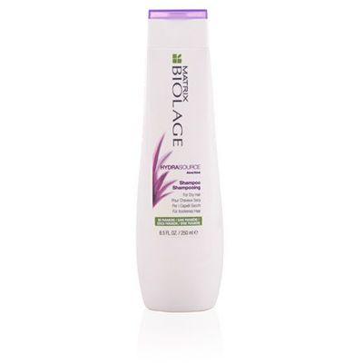 Mycie włosów Matrix Biolage