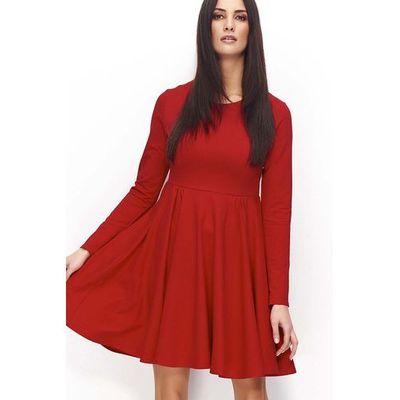 ce0fb844ec Czerwona klasyczna rozkloszowana sukienka dzianinowa z długim rękawem marki  Makadamia MOLLY