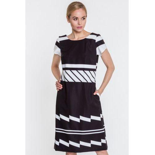 740e43a0f1 Sukienka w czarno-białe wzory - Aldona
