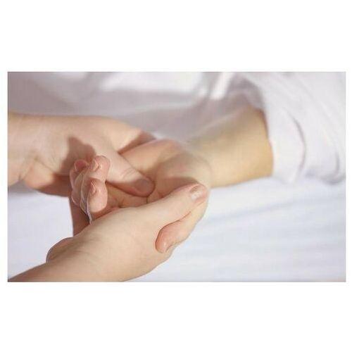 Relaksacyjny masaż dłoni – Sosnowiec - Genialna promocja