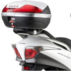 Stelaże motocyklowe  Givi