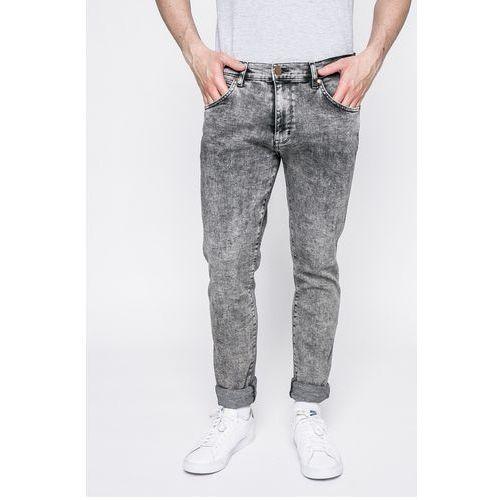 - jeansy larston snow flake marki Wrangler