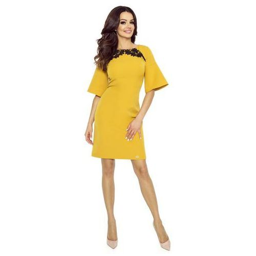 Bergamo Miodowa sukienka z koronką z kloszowanym rękawem